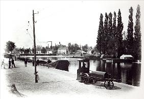Tractor towing a boat at Dijon, 1894-5 (b/w photo)