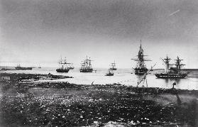 Crimean war, French squadron, entry into the port, 1855 (b/w photo)