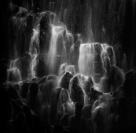 The veiled beings --- Ramona Falls